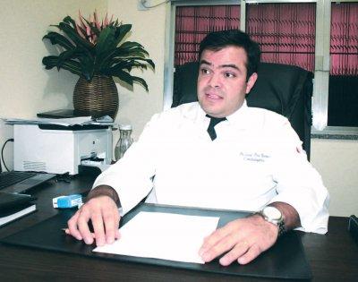 Segundo Dr. Lucas Rodrigues, ingestão excessiva de álcool com energético pode levar até a óbito