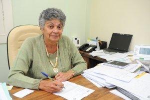 A secretária de Saúde, Mara Regina da Silva Campos - Foto: Adilson dos Santos