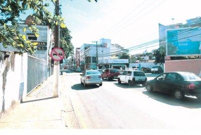 Flagrantes foram feitos na avenida Rui Barbosa próximo ao cruzamento da rua Tiradentes, no Centro