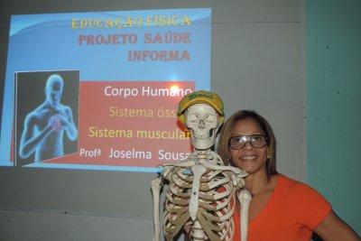 """A educadora física do INSG/Castelo, Joselma de Lourdes Sousa, idealizadora do Projeto """"Saúde Informa""""."""