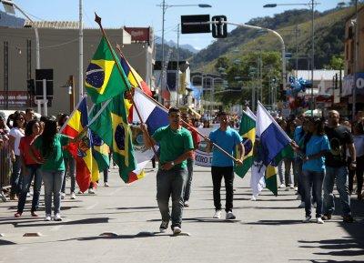 Todos os anos, desfile cívico reúne centenas de pessoas no município - Foto José Eduardo Silva