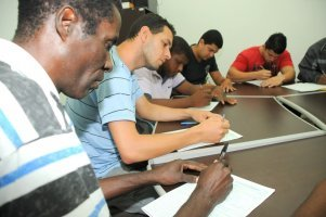Inscrições em curso profissionalizante - foto: Adilson dos Santos