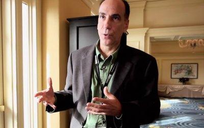 Richard Terrile durante entrevista para rede de televis�o nos EUA (2010)