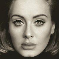 Adele fecha o ano de 2015 com chave-de-ouro