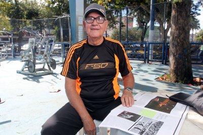 Professor aposentado, Rossine Medeiros é um dos macaenses selecionados para levar a tocha olímpica
