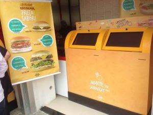 Youburger inova e oferece ao cliente a possibilidade de montar seu próprio sanduíche em uma tela 'touch screen'