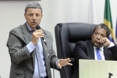 O Requerimento de Nilton César Pereira (PROS)