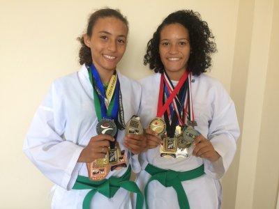 As irmãs Taís e Layla já colecionam diversas medalhas e o título de campeãs brasileiras de Karatê