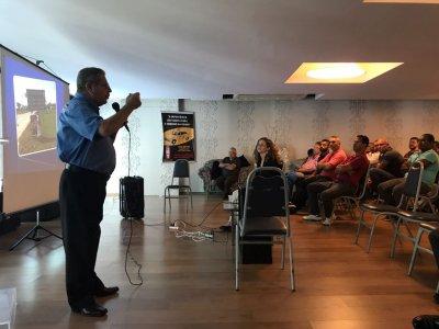 Empreendedores do Táxi recebem treinamento com foco no atendimento ao cliente