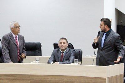 Quem denuncia é o vereador José Queiróz dos Santos Neto (PTC)
