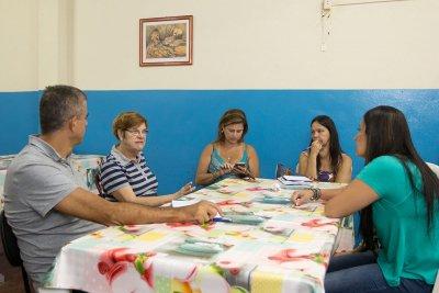 A iniciativa é fruto da parceria entre o Laboratório de Ensino de Geometria (LEG), da Universidade Federal Fluminense (UFF), e a Secretaria de Educação