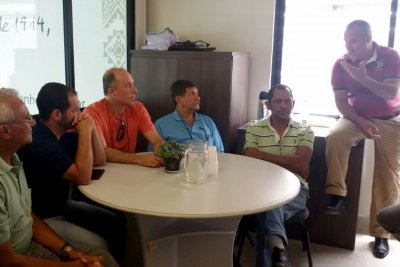 O encontro contou com a presença de seis psicultores, o secretário de Pesca, Sérgio Júnior, e o consultor técnico, José Inácio