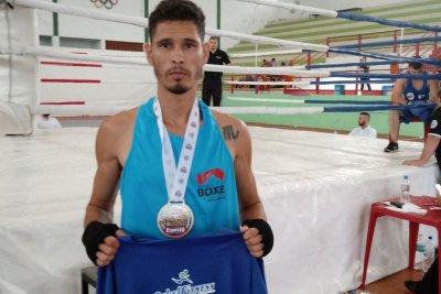 Campeão de Boxe Olímpico de Macaé, Rafael Monteiro