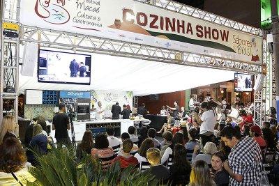 Os destaques do calendário são os eventos gastronômicos, seguidos dos esportivos, como o Summer Beach Games CrossFit e o Copa do Mundo