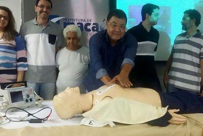 Cada curso habilitará cerca de 25 médicos que receberão o certificado emitido pela Secretaria de Ensino Superior