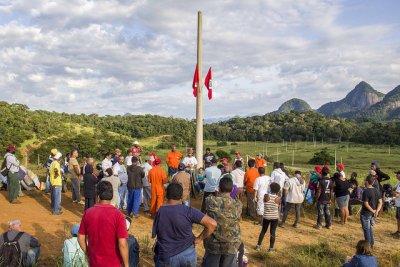 Famílias do acampamento Edson Nogueira se reúnem em assembleia / Foto: MST