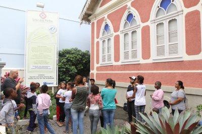 Este projeto consiste em um tour histórico, turístico e cultural pelo Solar, pelo Forte Marechal Hermes e pela Igreja de Sant'Anna