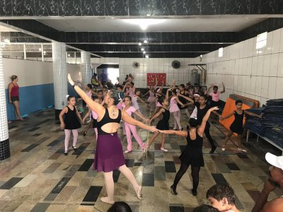 Participarão do espetáculo cerca de 400 crianças e adolescentes que integram as aulas de dança promovidas nos módulos do Centro Municipal de Atendimento Especializado ao Escolar