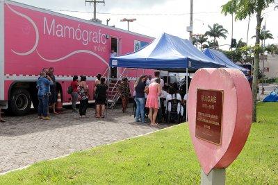 Washington Luiz, realizando exames de 8h às 17h. Serão, ao todo, 120 mamografias e 60 ultrassonografias. Para serem atendidas, as pacientes apresentam encaminhamento do médico e autorização do Controle, Avaliação e Auditoria