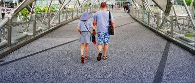 Com o período de férias escolares, aumenta o número de crianças e adolescentes nas estradas e aeroportos