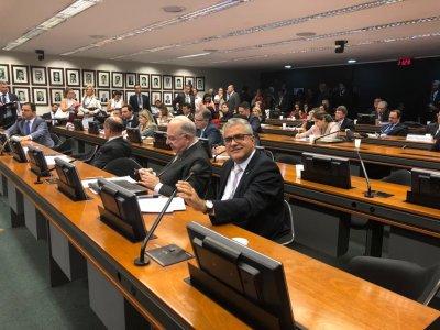 Deputado cria subcomissão de Óleo e Gás no Congresso Nacional