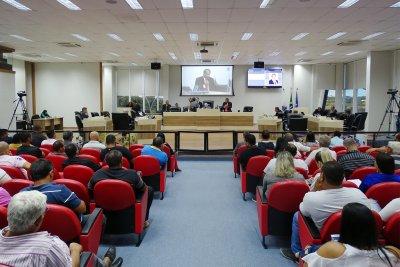 Comissões mencionaram falta de relatório de impacto financeiro e previsão no orçamento