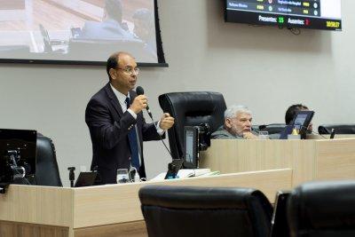 Márcio Bittencourt (MDB) pede que prefeitura busque meios para priorizar trabalhadores que residem em Macaé