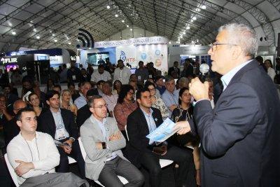 Durante a Feira Brasil OffShore, o deputado destacou que irá representar seu partido na Comissão da Reforma Tributária