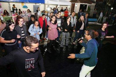Aulão de dança e boa música agitaram o museu