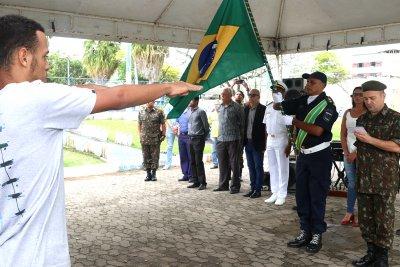 O evento marcou a entrega de certificados de dispensa do serviço militar para jovens que se apresentaram ao alistamento de 2019