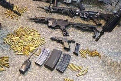Seis suspeitos morreram, entre a noite de quarta e a manhã desta quinta-feira, durante uma guerra de traficantes rivais, seguida de confronto com PMs em Macaé, no Norte Fluminense. Os confrontos aconteceram na comunidade das Malvinas e começaram por