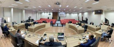 Legislativo vai transferir parte do fundo especial para o benefício de R$ 200