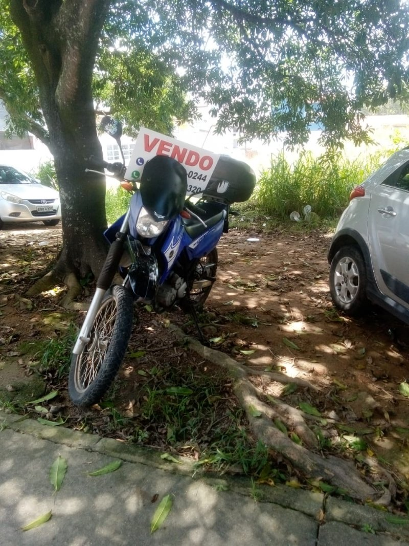 Moto Honda Lander