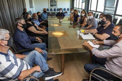 Durante o encontro, foram discutidas as próximas medidas que a Prefeitura tomará para promover o turismo macaense