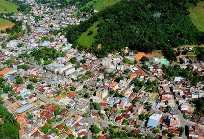 População de Conceição de Macabu protesta nas redes sociais