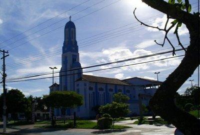 igrejas e templos religiosos podem funcionar com o limite de 25% da sua taxa de ocupação